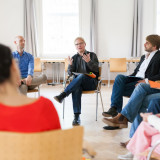 Teilnehmer*innen eines EJBW-Seminars