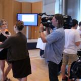 Teilnehmerin der Jugendbegegnung im Interview mit dem ZDF